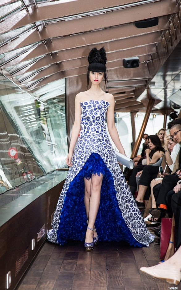 The floating catwalk to take Paris by storm (2)