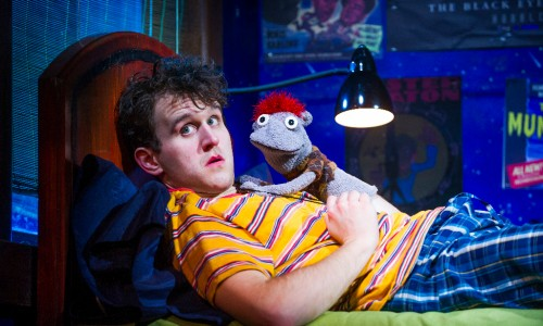 Harry Melling (Jason) and Tyrone in Hand To God by Robert Askins @ Vaudeville Theatre. Directed by Moritz von Stuelpnagel. (Opening 15-02-16) ©Tristram Kenton 02/16 (3 Raveley Street, LONDON NW5 2HX TEL 0207 267 5550  Mob 07973 617 355)email: tristram@tristramkenton.com