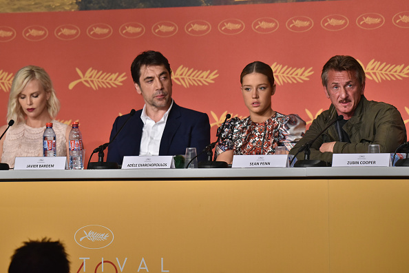 """CANNES, FRANCE - MAY 20: Charlize Theron, Javier Bardem, Adele Exarchopoulos and director Sean Penn attend the """"The Last Face"""" Press Conference during the 69th annual Cannes Film Festival at the Palais des Festivals on May 20, 2016 in Cannes, France.  (Photo by Clemens Bilan/Getty Images)"""