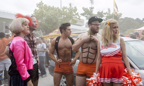 still-of-ike-barinholtz,-rose-byrne,-carla-gallo,-seth-rogen-and-zac-efron-in-bad-neighbors-2-(2016)-large-picture