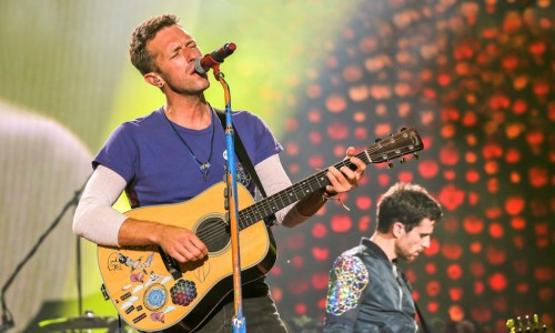 Coldplay AHFOD tour 2016 - Chris Martin - Carlos Muller - The Upcoming 4