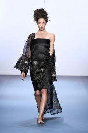 Runa Ray - Runway - September 2016 - New York Fashion Week: The Shows