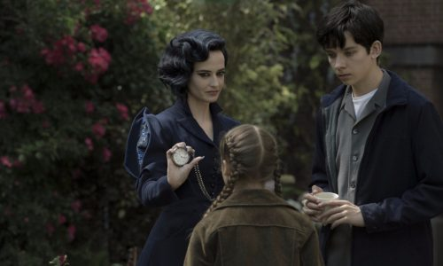 Miss Peregrine feature