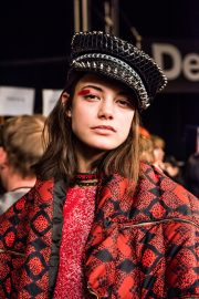 NYFW AW17 - Desigual - Valery Rizzo - The Upcoming