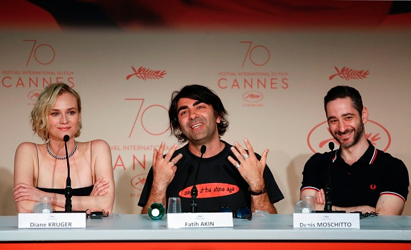 Who picked up the major prizes at the Cannes film festival